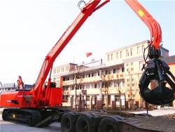 河南黄海YGSZ520抓料机顺利发往安徽卢总码头